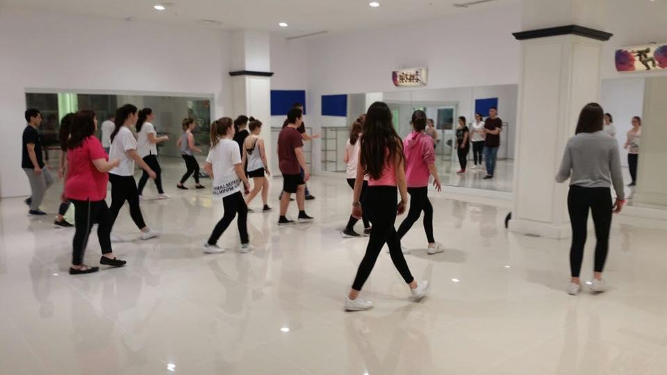 Workshop de Latinos impartido por el bailarín Gonzalo Alvarez Porteiro