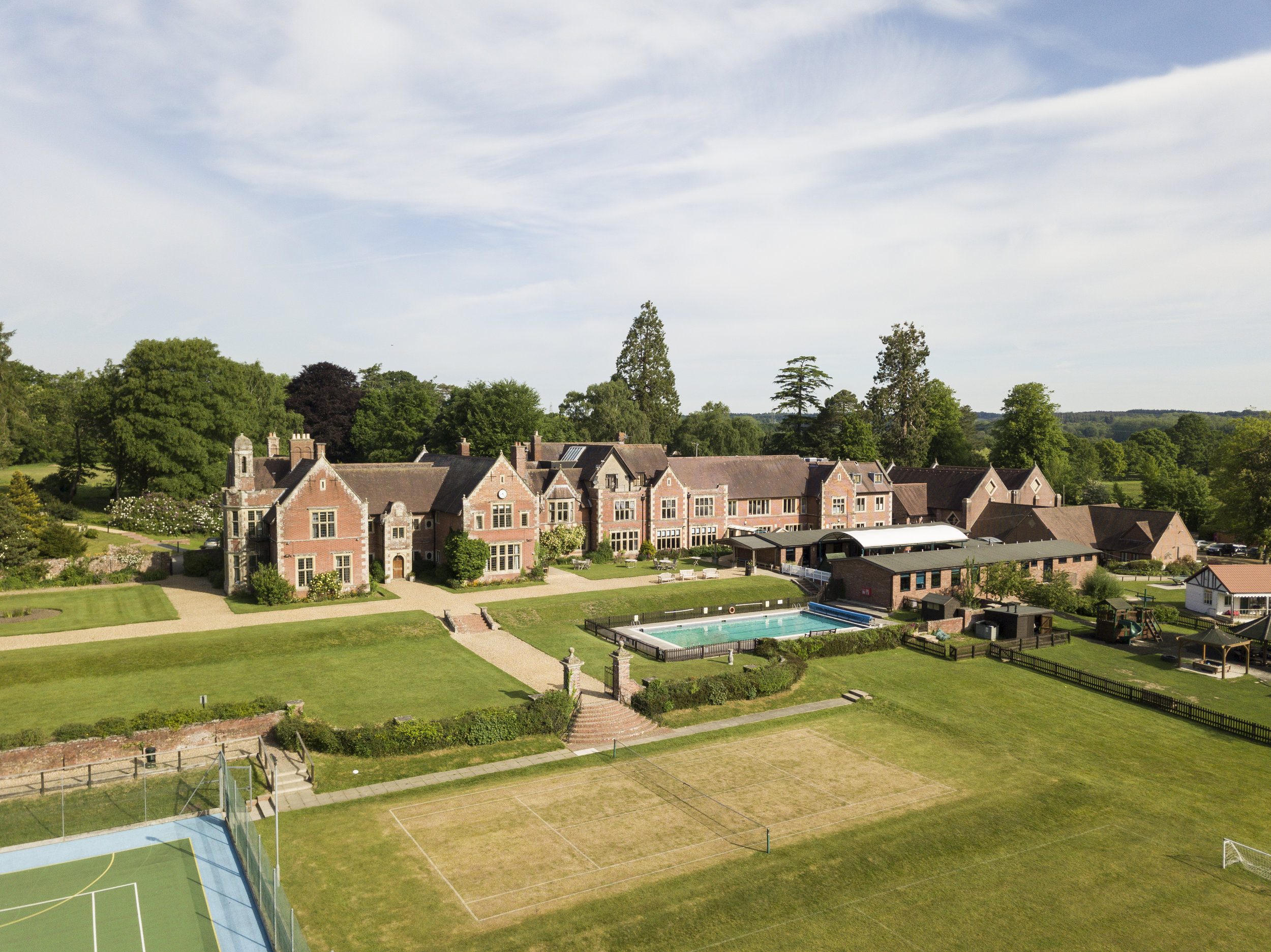 Forres Sandle Manor.jpg