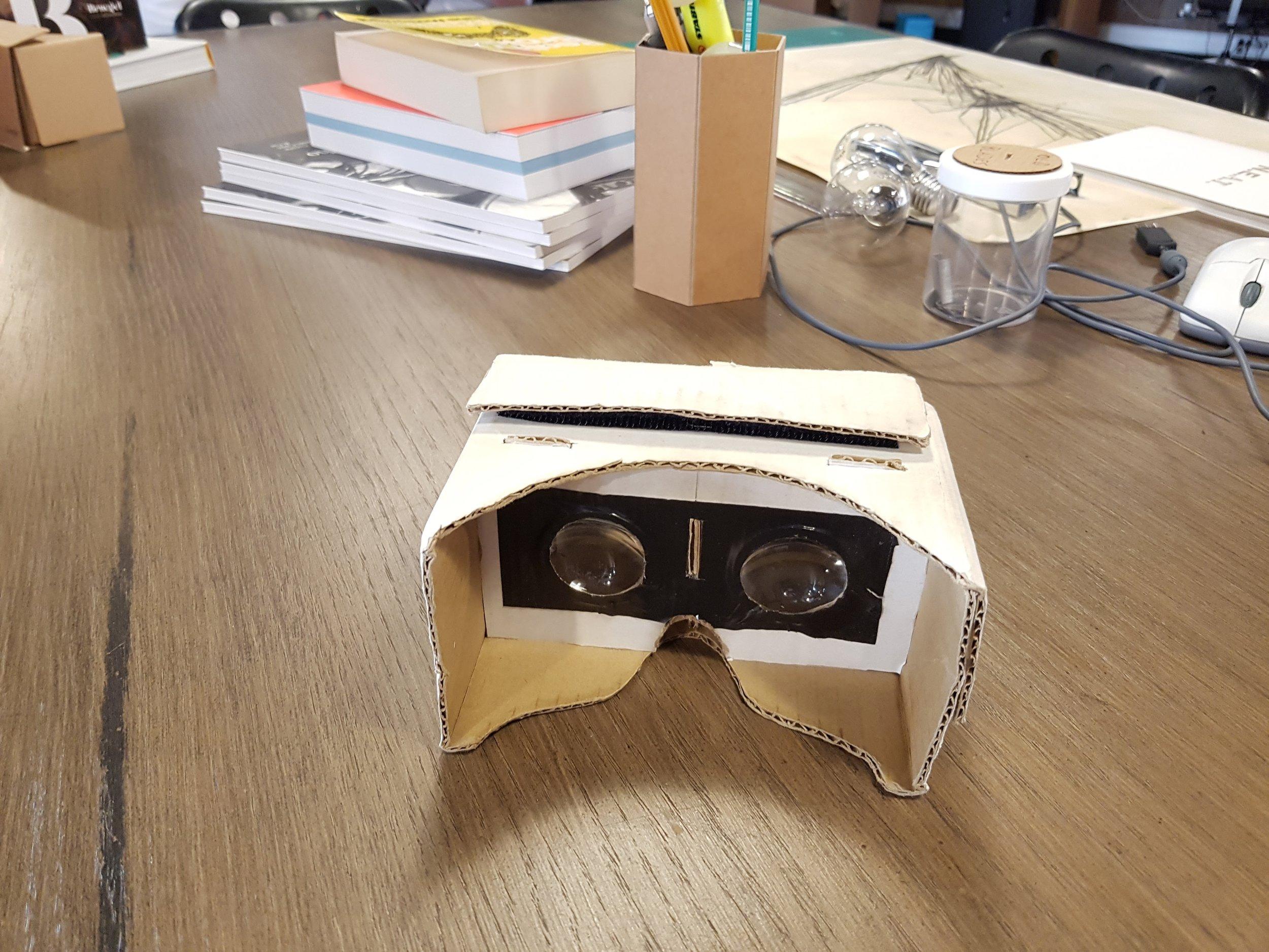 Die erste Cardboard