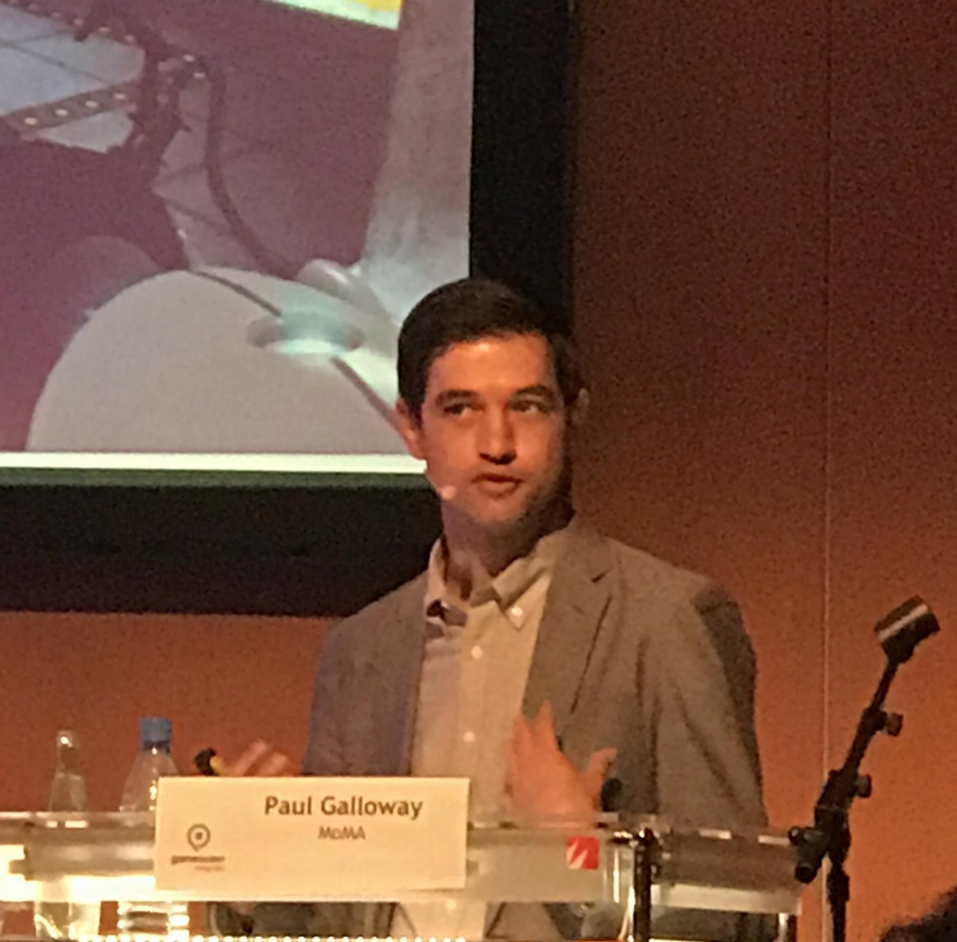 """""""Kritik gibt es immer, wenn man etwas neues zu Kunst erklärt"""".  Paul Galloway sammelt am Museum for Modern Art in New York Computerspiele. Er bedauert, dass er nicht alle Titel bekommt.    TagesAnzeiger, 6. September 2017"""