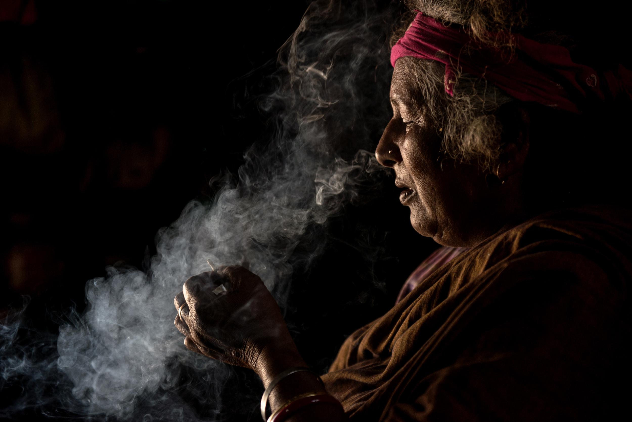 Ragpicker smoke break