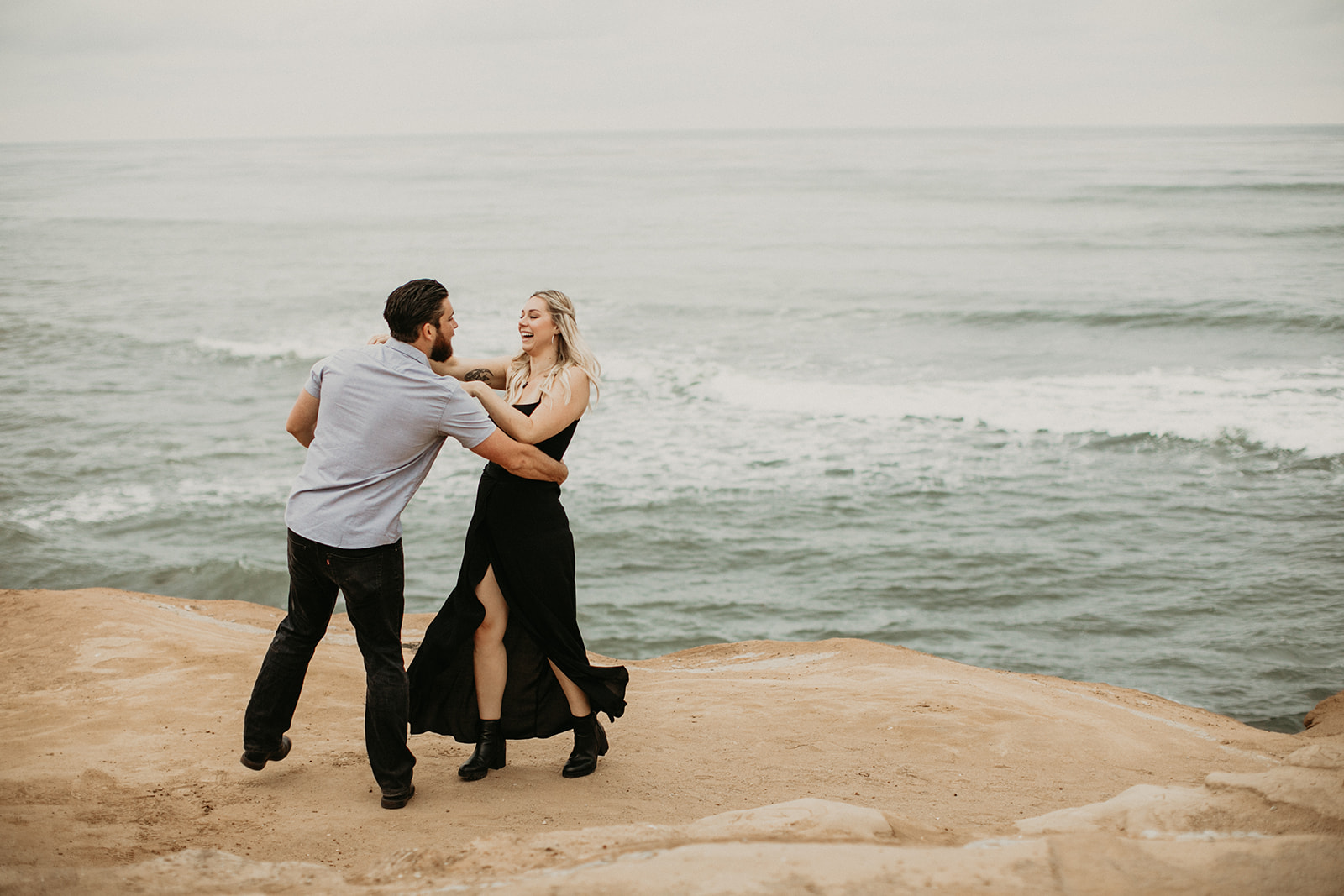 Amy + Andrew Sunset Cliffs San Diego Session Ellie Cole-33.jpg