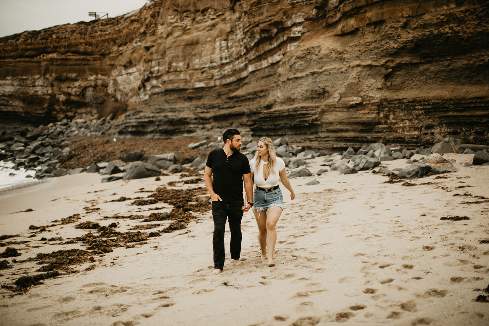 Amy + Andrew Sunset Cliffs San Diego Session Ellie Cole-95.jpg