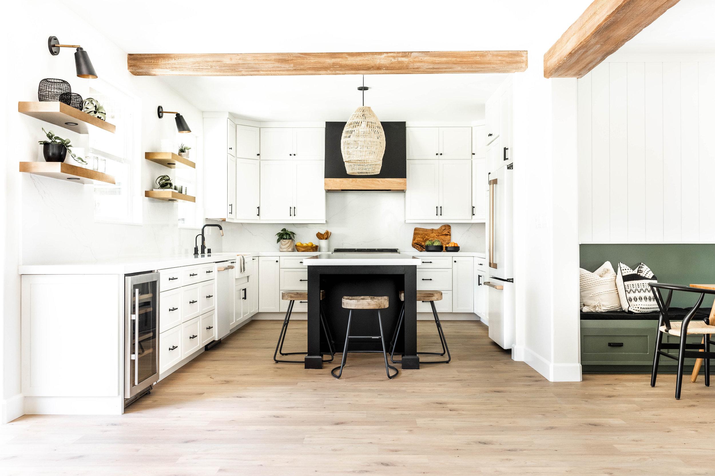 Morgan_Mullen_Design_Blue_Water_San_Diego_Interior_Designer_The_Zamudios-12.jpg