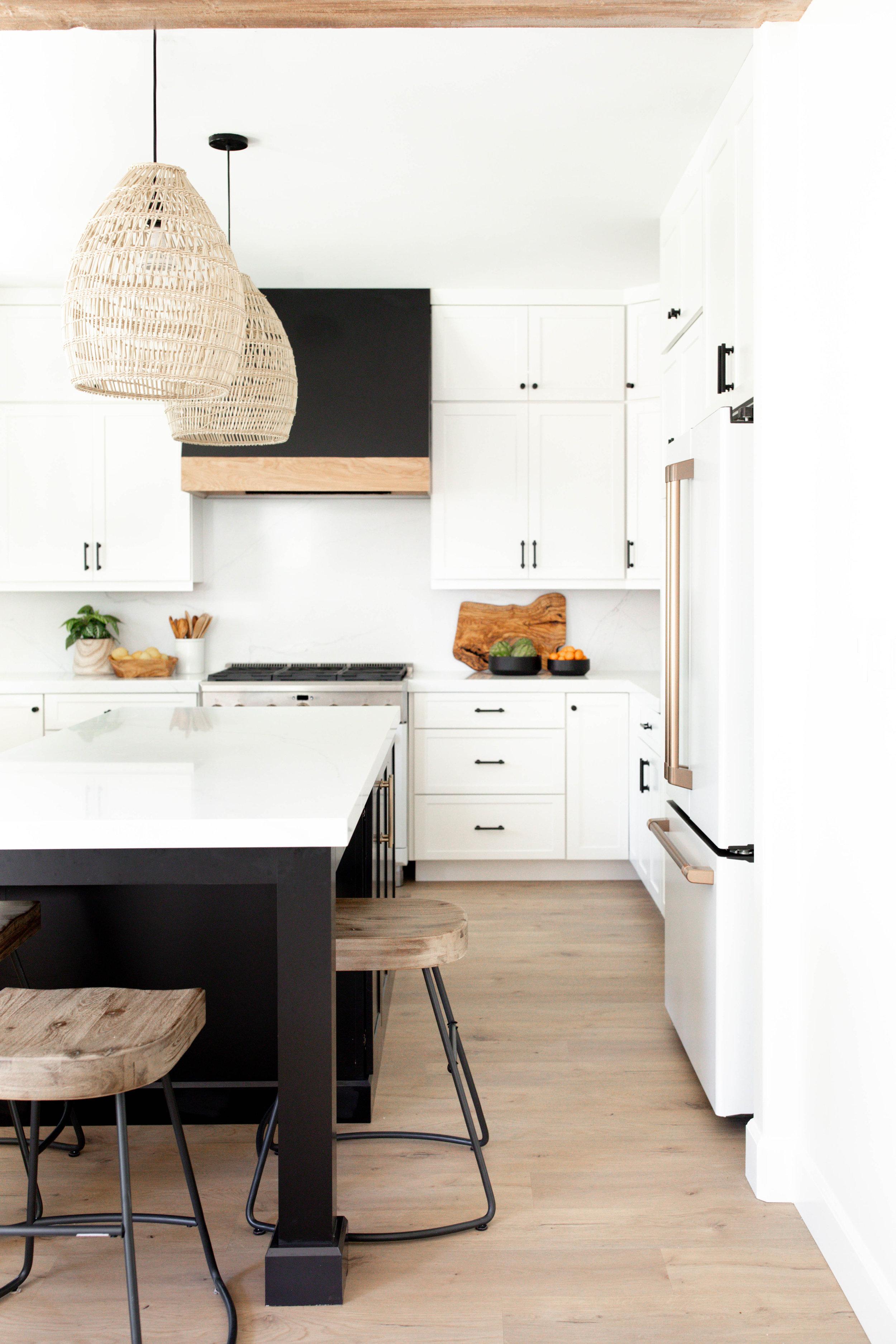 Morgan_Mullen_Design_Blue_Water_San_Diego_Interior_Designer_The_Zamudios-31.jpg