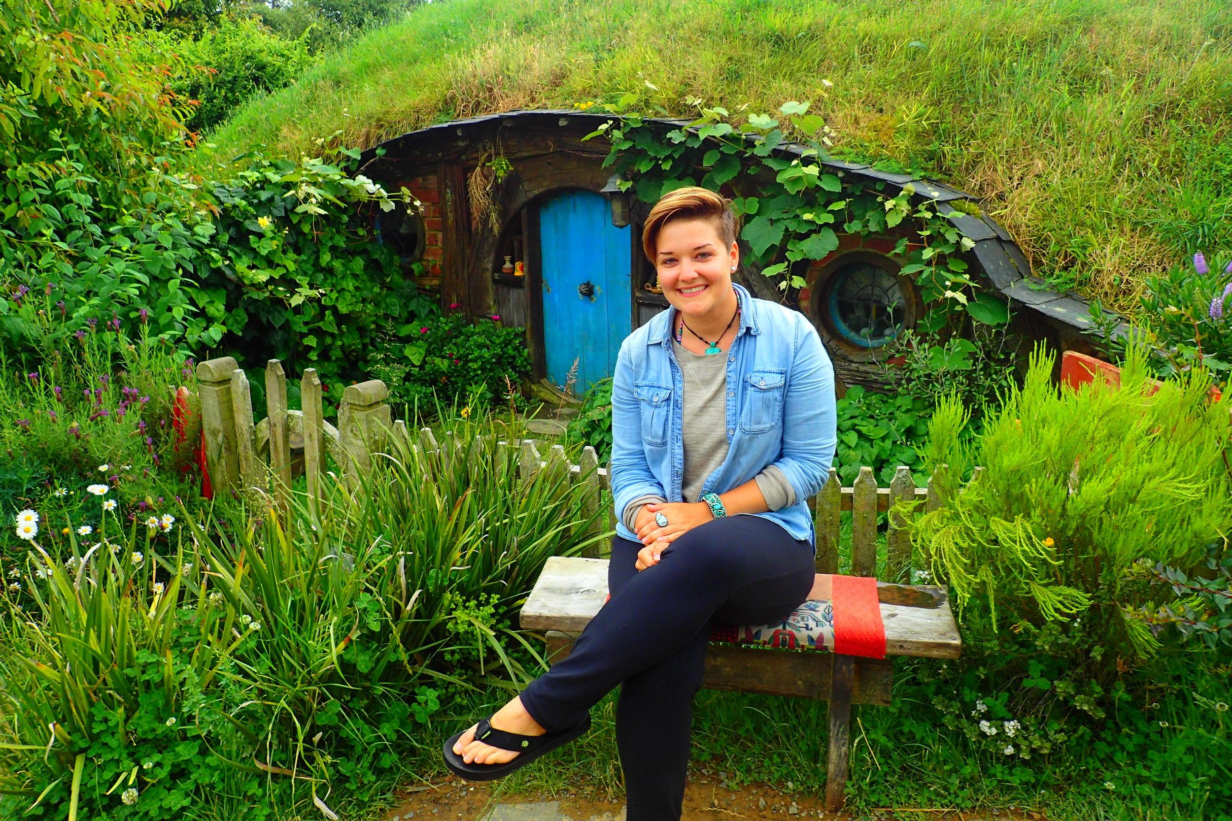 Feeling very at home in  Hobbiton  (New Zealand)