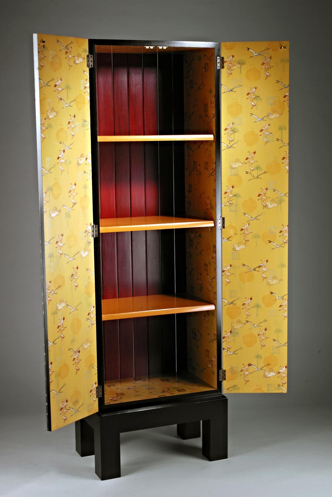 Samba Cabinet (inside view)