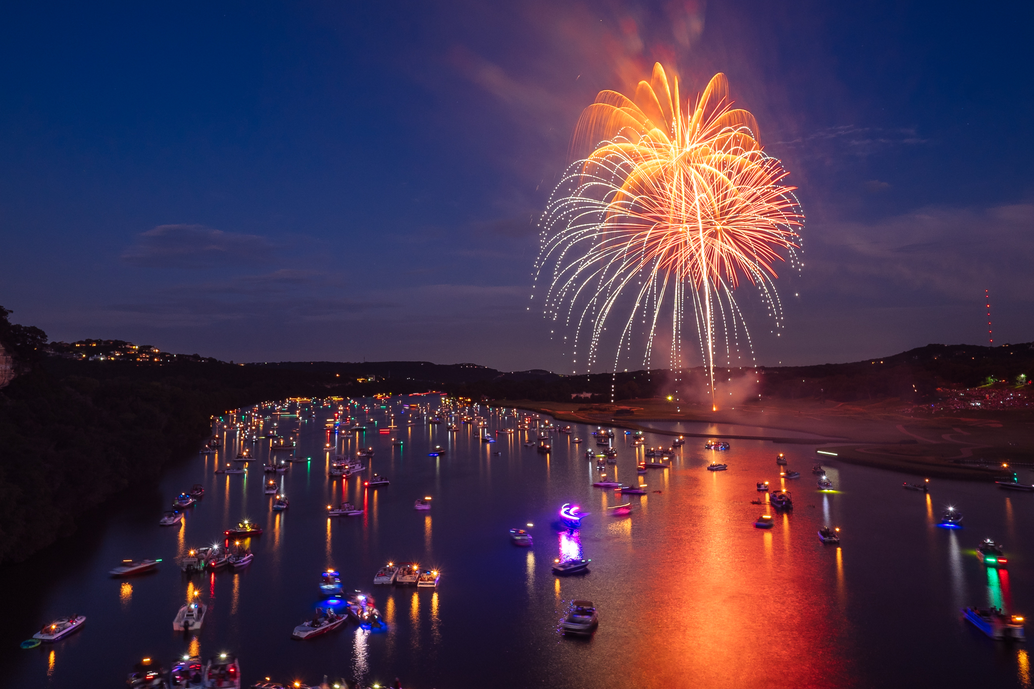 austin_fireworks_2014_9.jpg