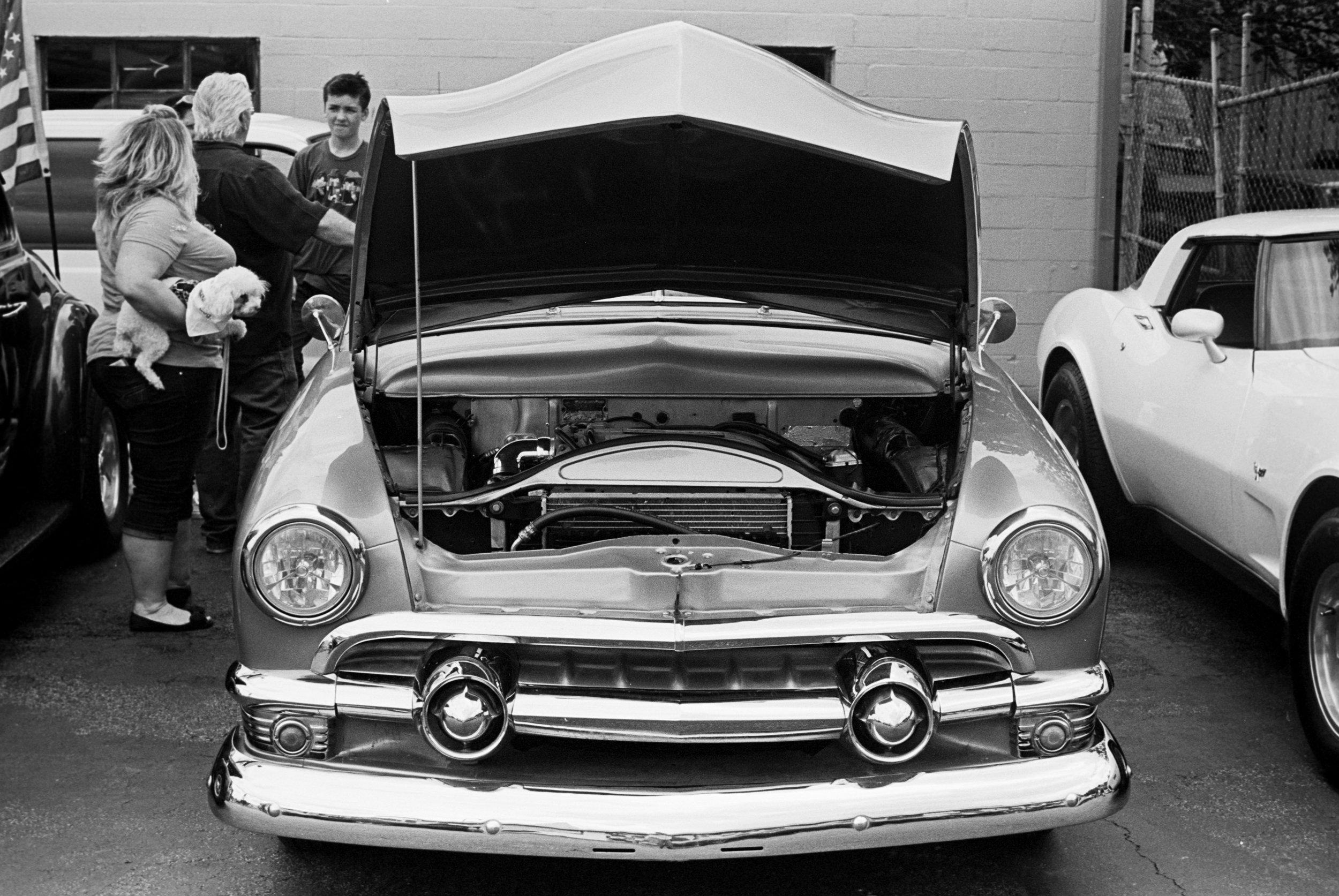 car-show-little-longhorn-saloon-2015-009.jpg