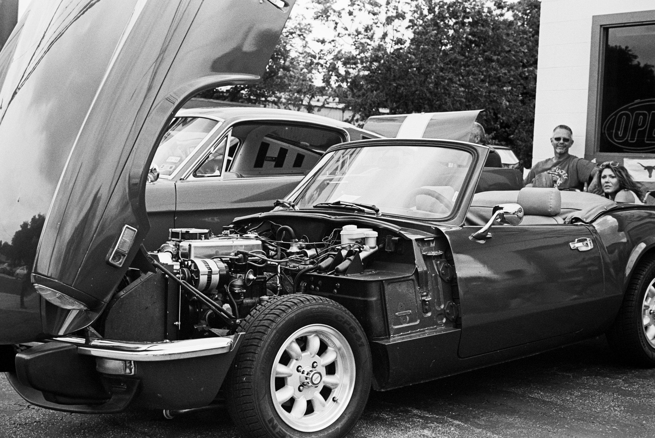 car-show-little-longhorn-saloon-2015-036.jpg
