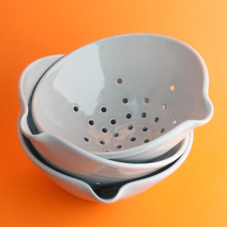 Topsy Jewell beautiful grey ceramic collanders