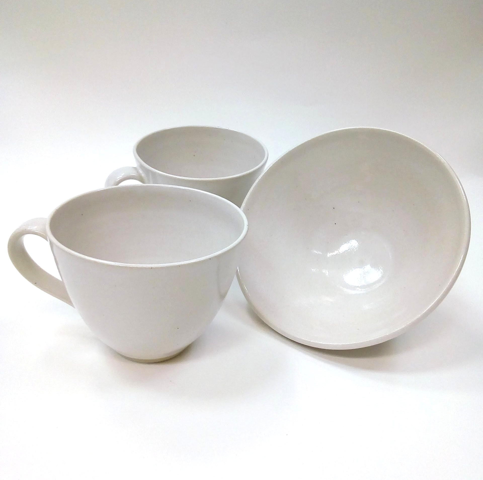 2 pink cups and a bowl.jpg