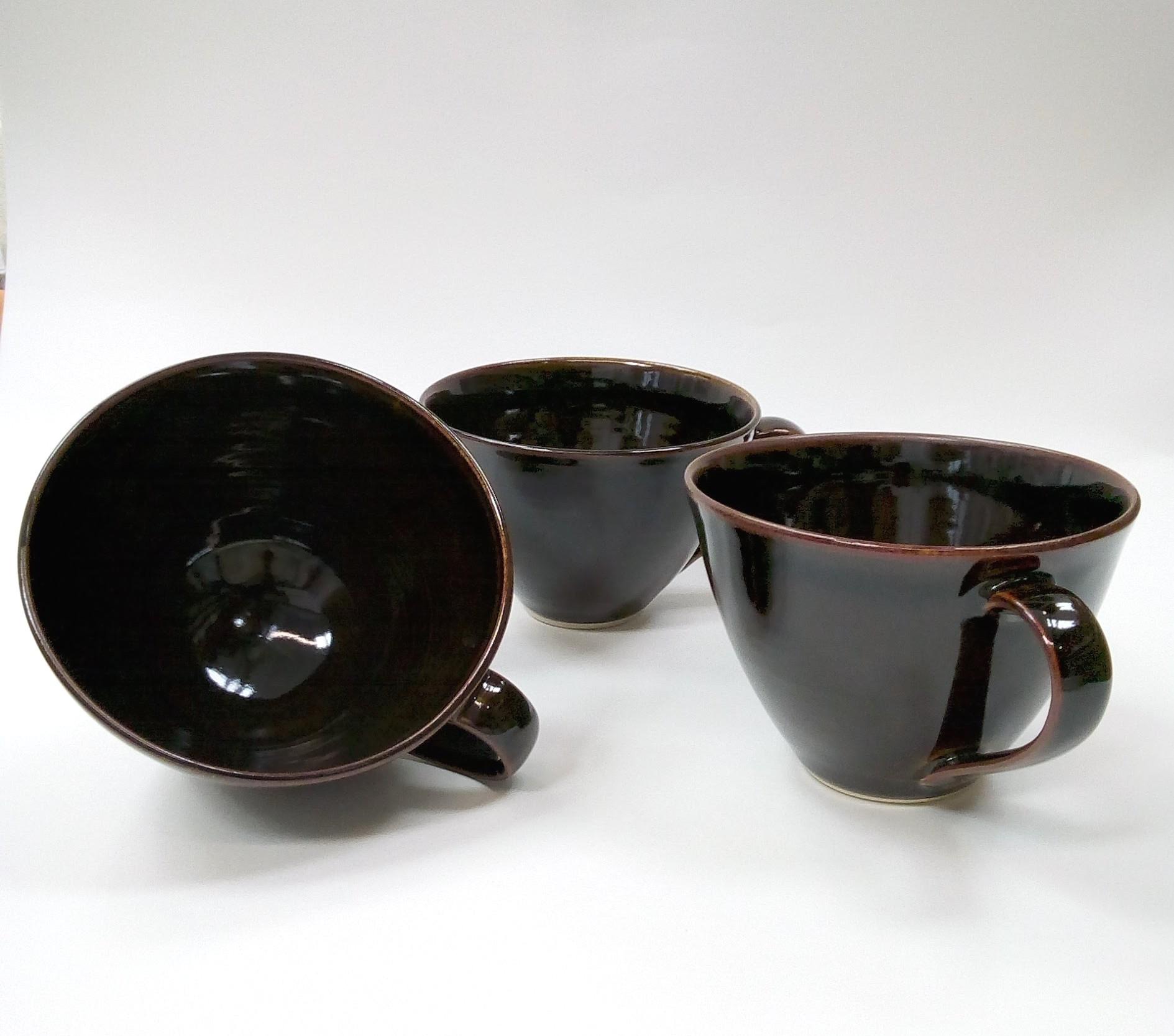 Three large cups 2 ed.jpg
