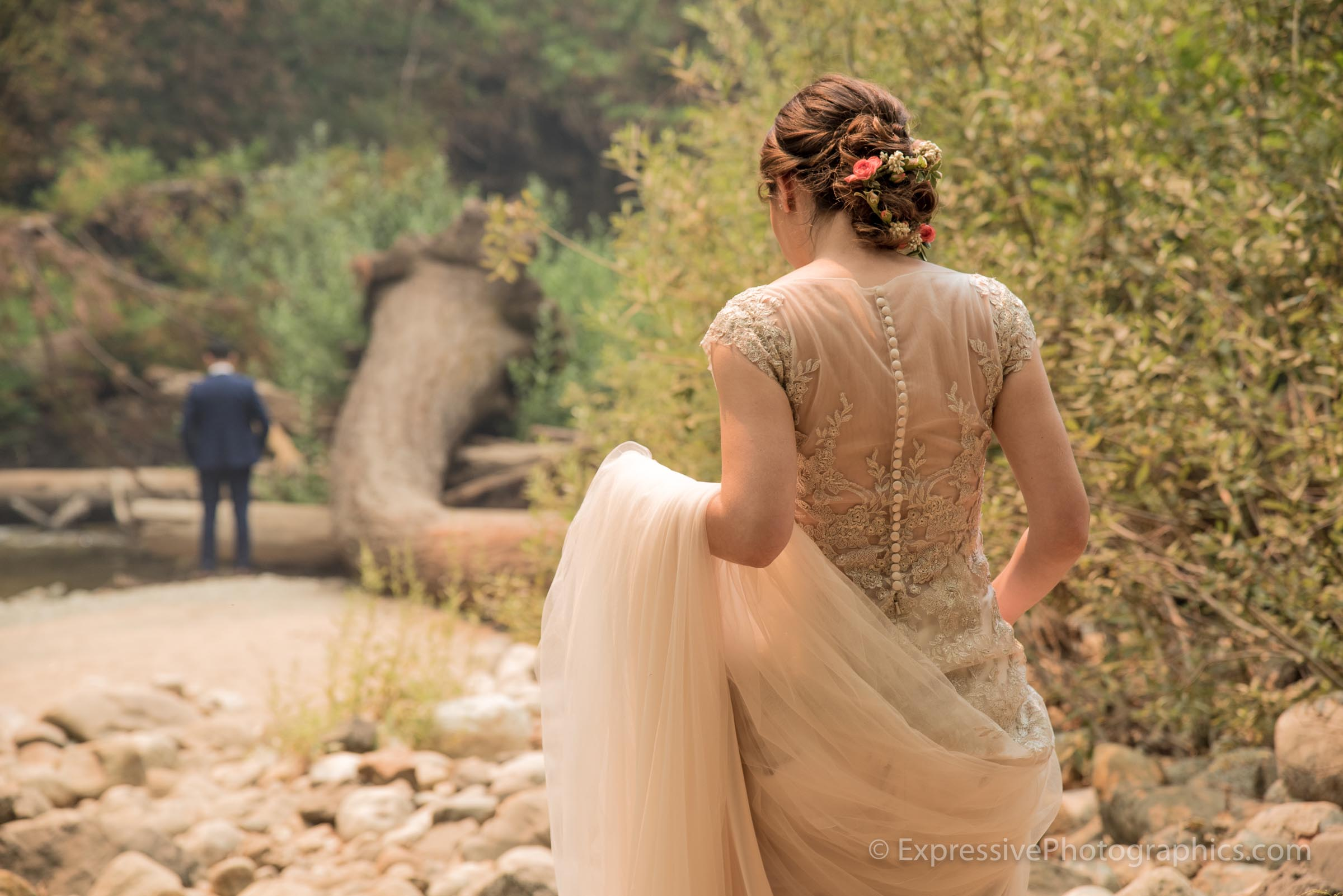 Expressive-Photographics-first-look-wedding-couple-big-sur-20160723_0253.jpg