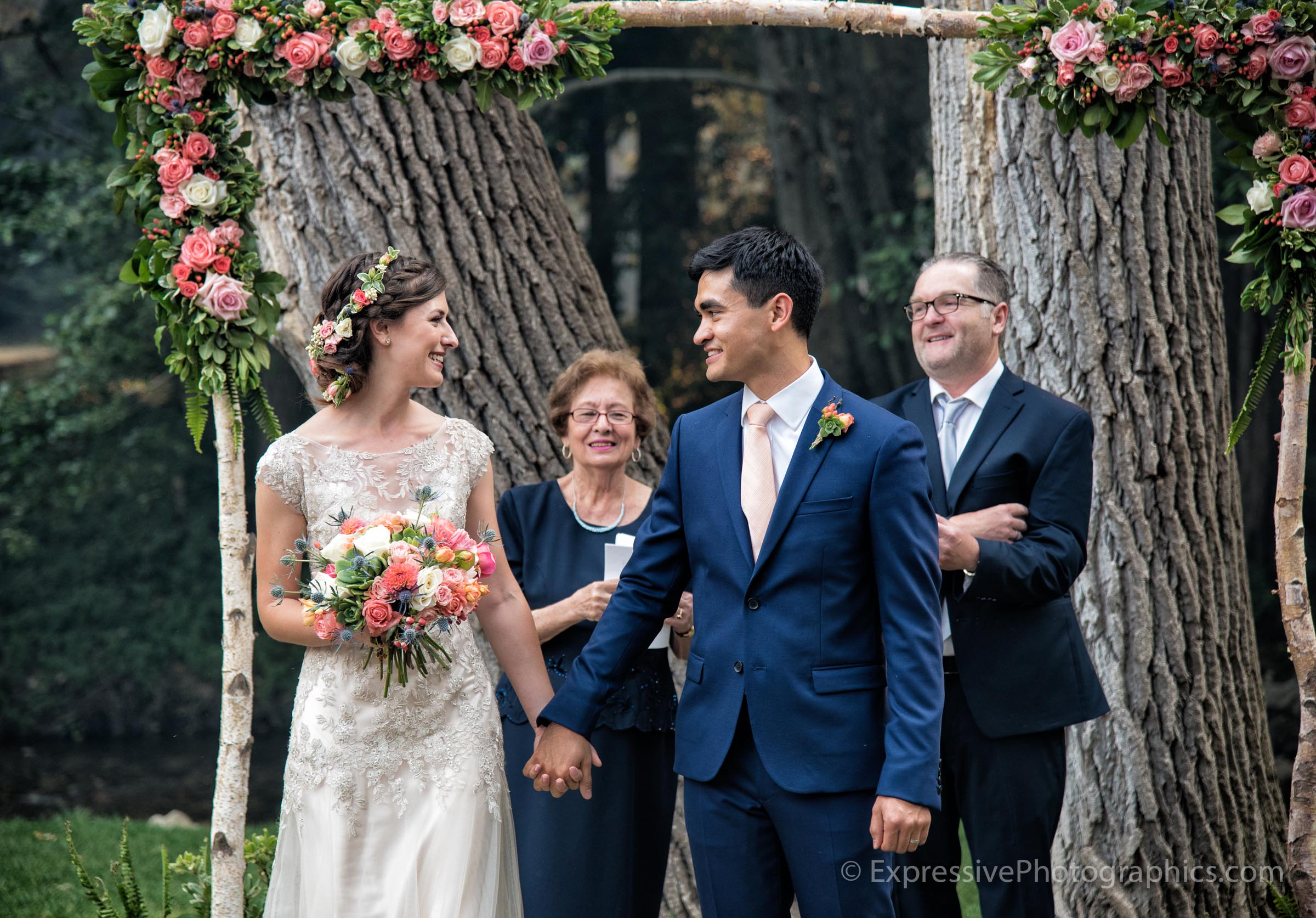 Expressive-Photographics-just-married-20160723_0741_R.jpg