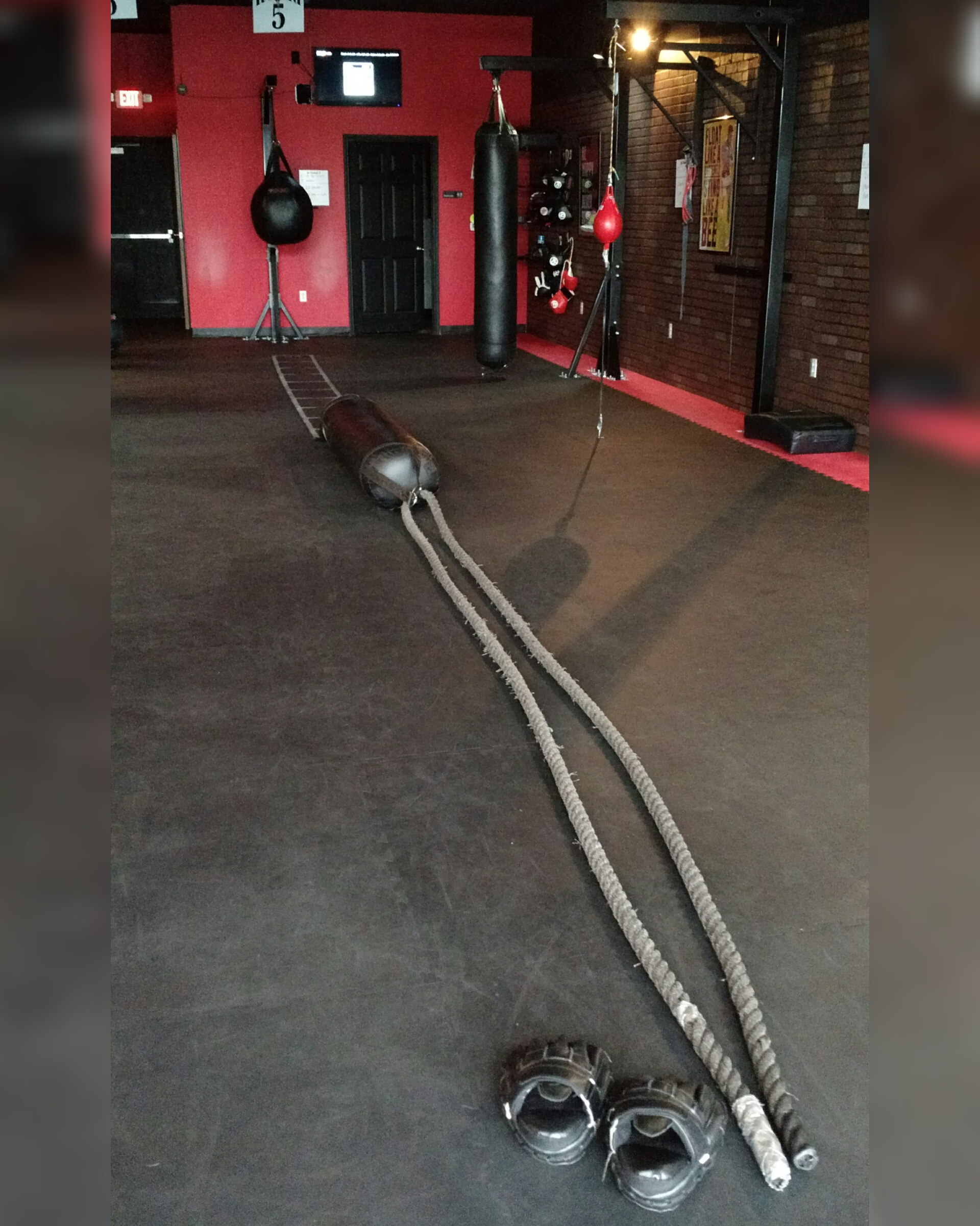 The 9Round Gym where ladders, ropes, and heavy bags are commonplace modes of calorie-burning.