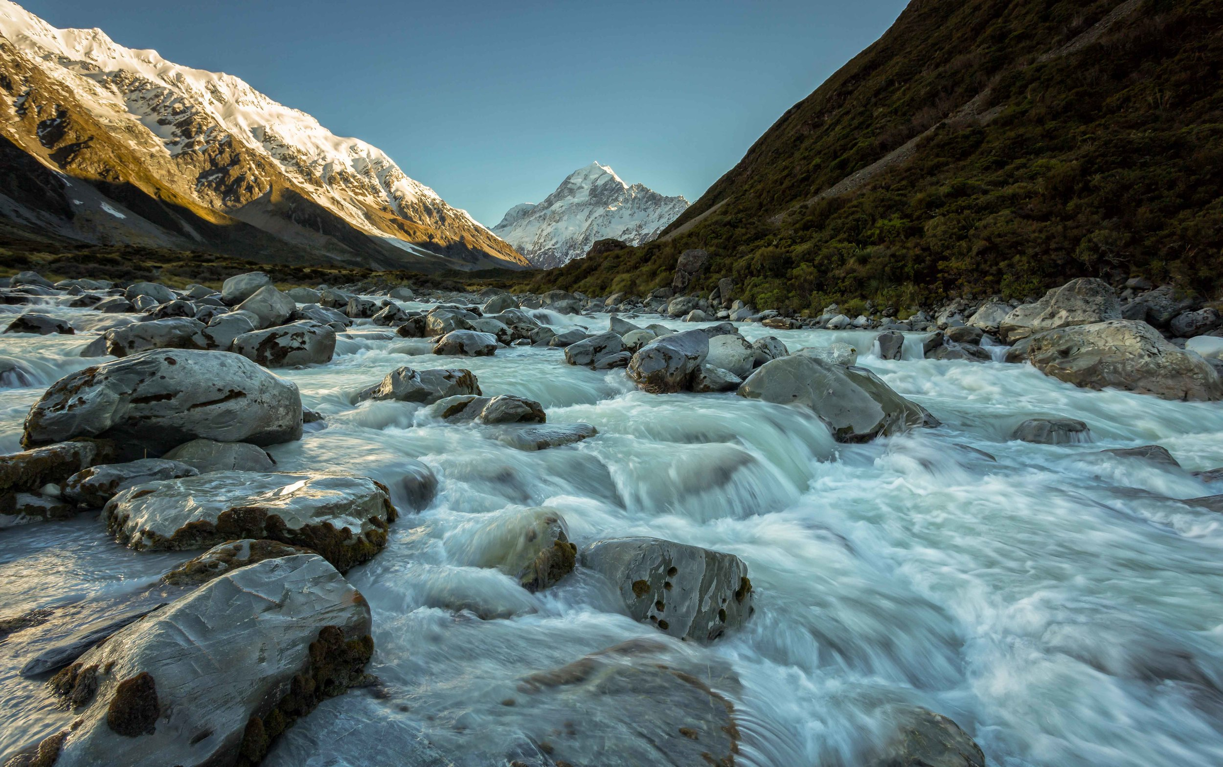 Mt Cook from the Hooker Valley Track - 22/10/14