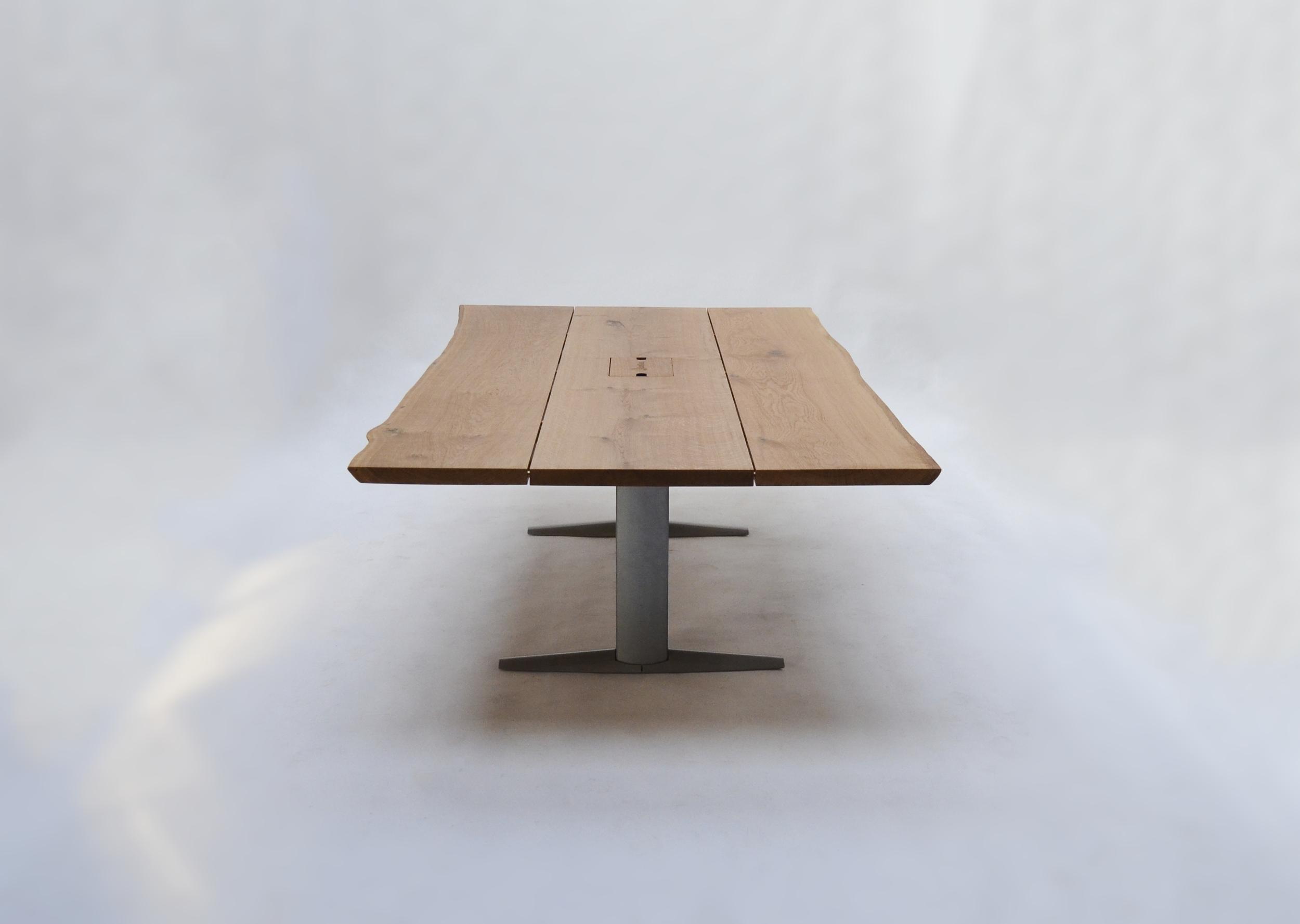 Bordet ses her, i den laveste position.