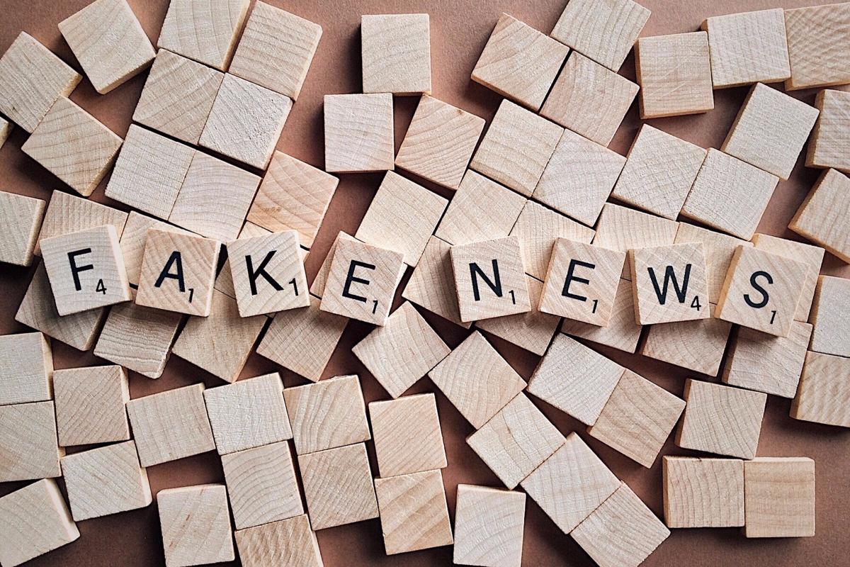 Fake news Scrabble