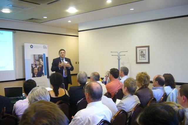 Terry Freedman giving a talk to teachers.