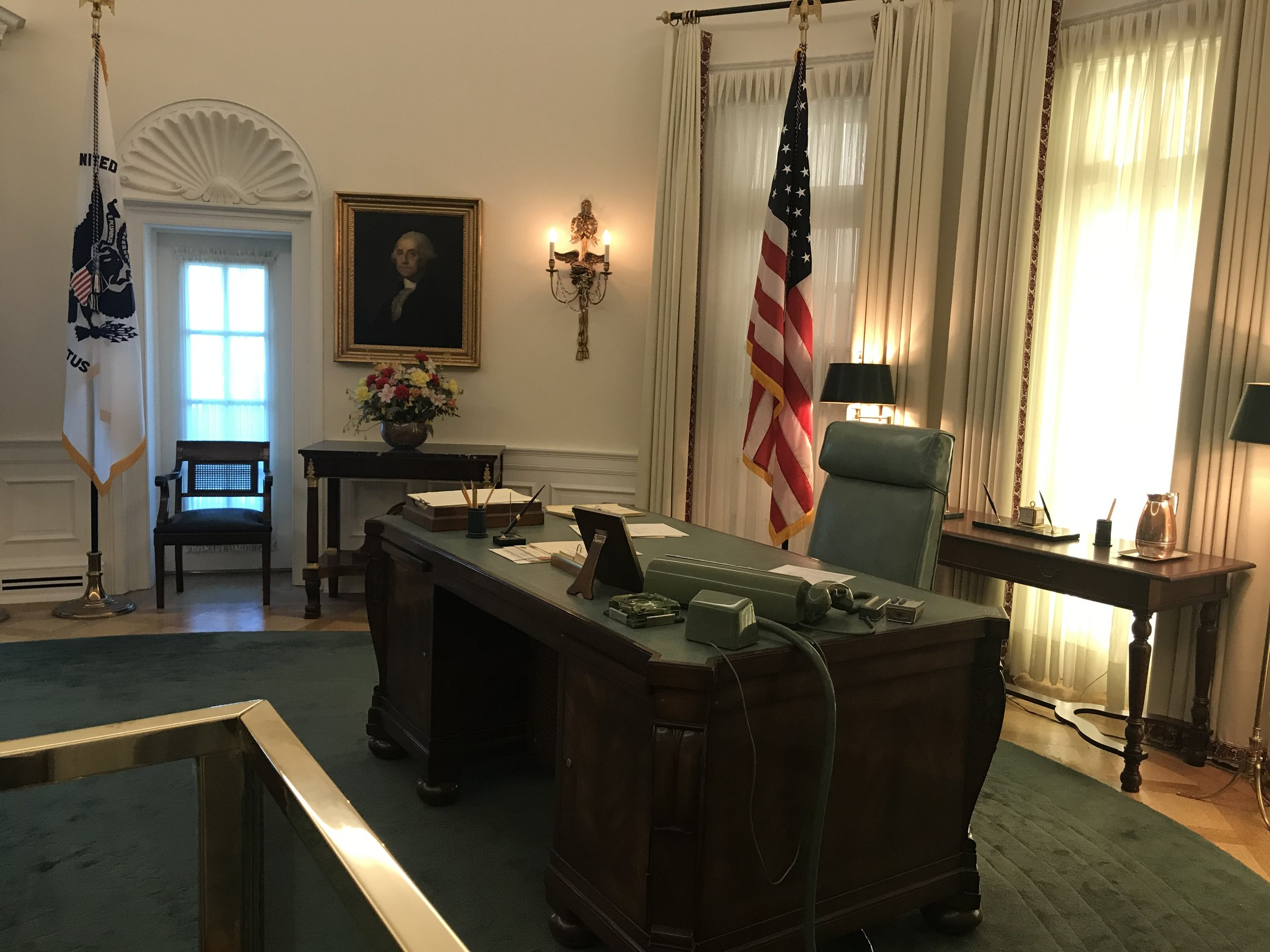 Replica of the Oval Office with LBJ's furniture