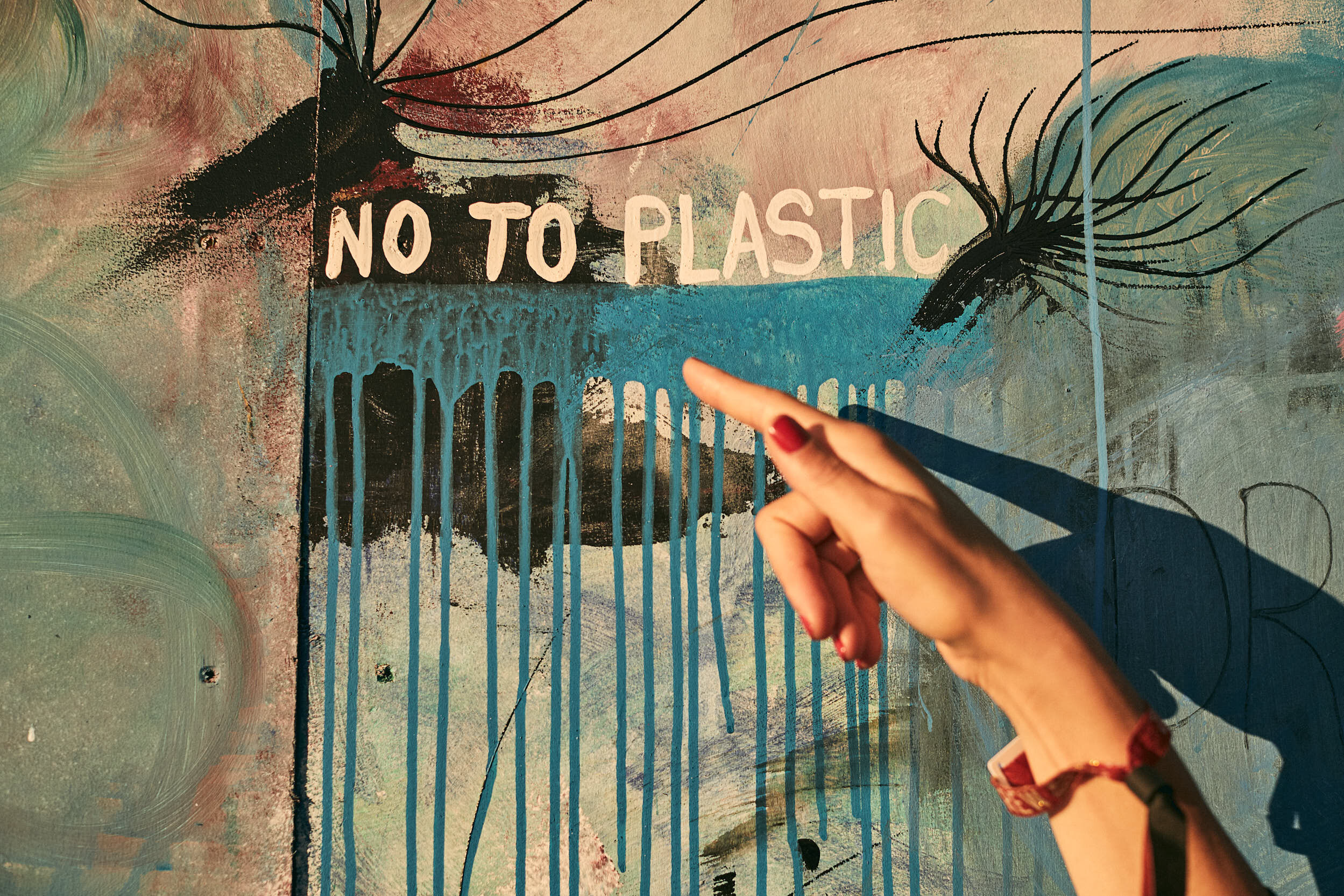 The average time a plastic bag is used is up to 12 minutes… and it can take up to a thousand years to decompose.