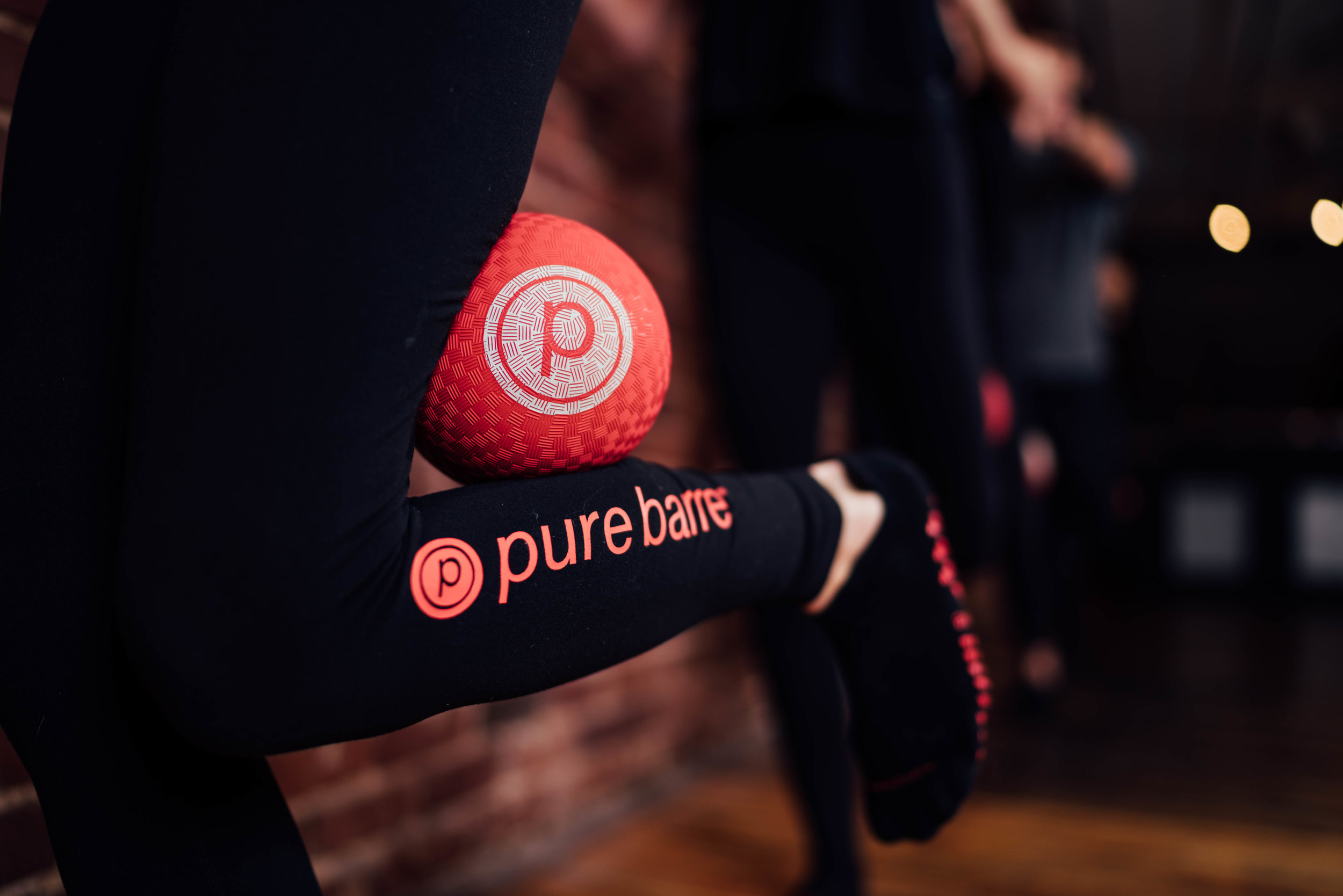 PURE BARRE   Photo, Design