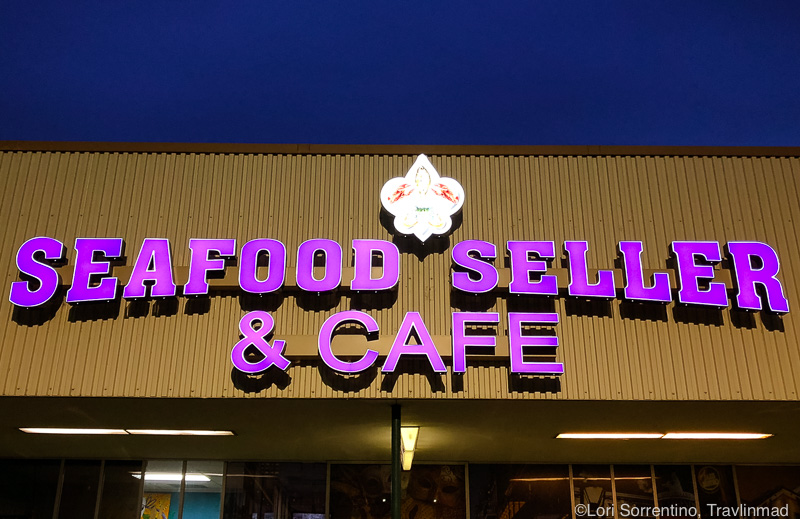 Seafood Seller and Cafe, Crystal River, Florida