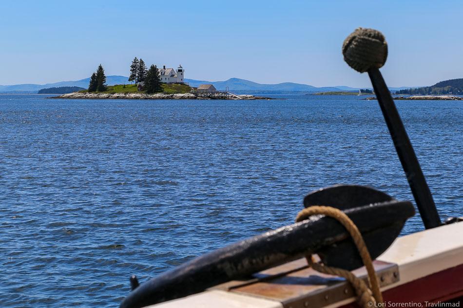 The anchor of Maine Windjammer, Schooner J. & E. Riggin