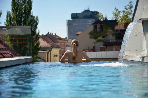 The rooftop pool at Vander Urbani Resort, Ljubljaja