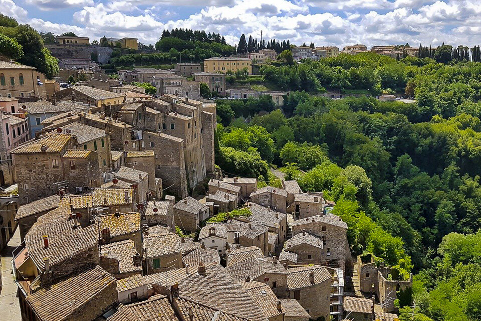 There are plenty of hidden gems in Tuscany Italy. Have you visited the ancient tufa town of Sorano?
