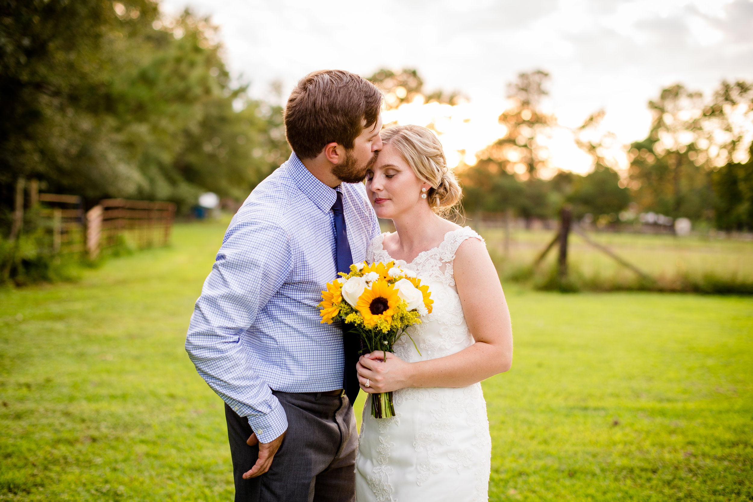 Golden-Hour-Bride-Groom-Wedding-Photos-Charleston-South-Carolina-Oakley-Farms-and-Barn