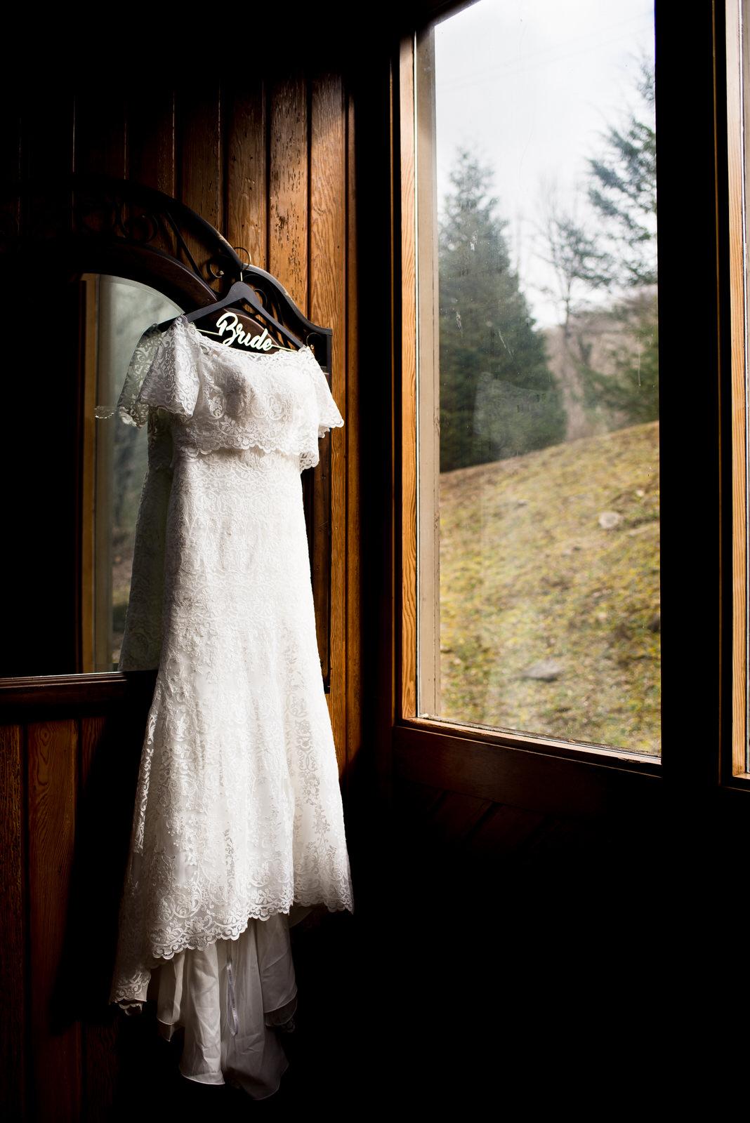 Mindie_Sterling_Wedding-7.jpg