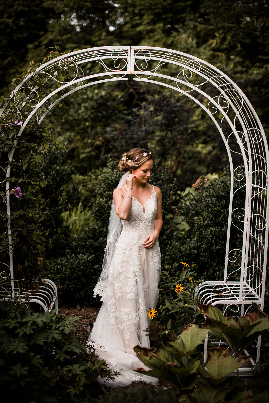 Inn-At-Tranquility-Farm-Bridal-Session-6.jpg