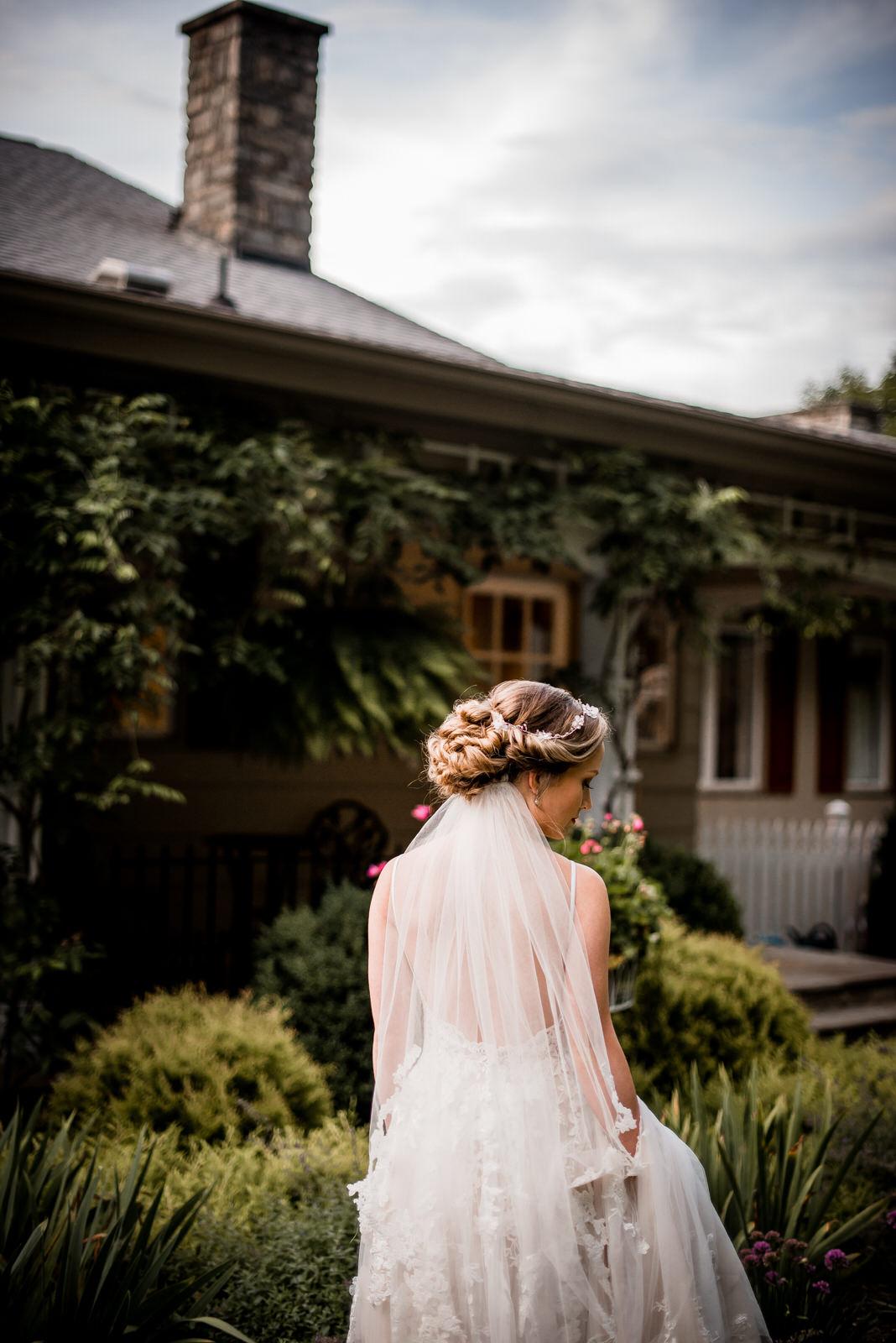 Inn-At-Tranquility-Farm-Bridal-Session-43.jpg