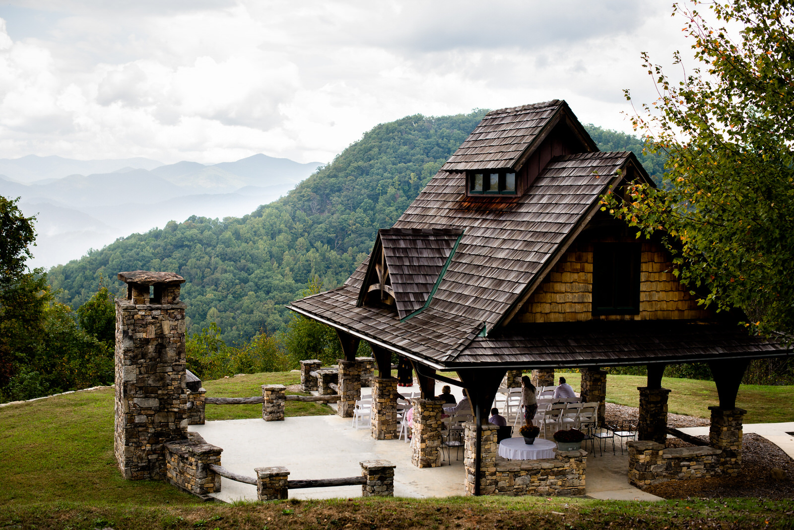 relaxed-backyard-wedding-asheville_Wedding-70.jpg