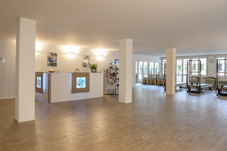 017__S042110_Pilates Studio Luzern_Neueröffnung.jpg