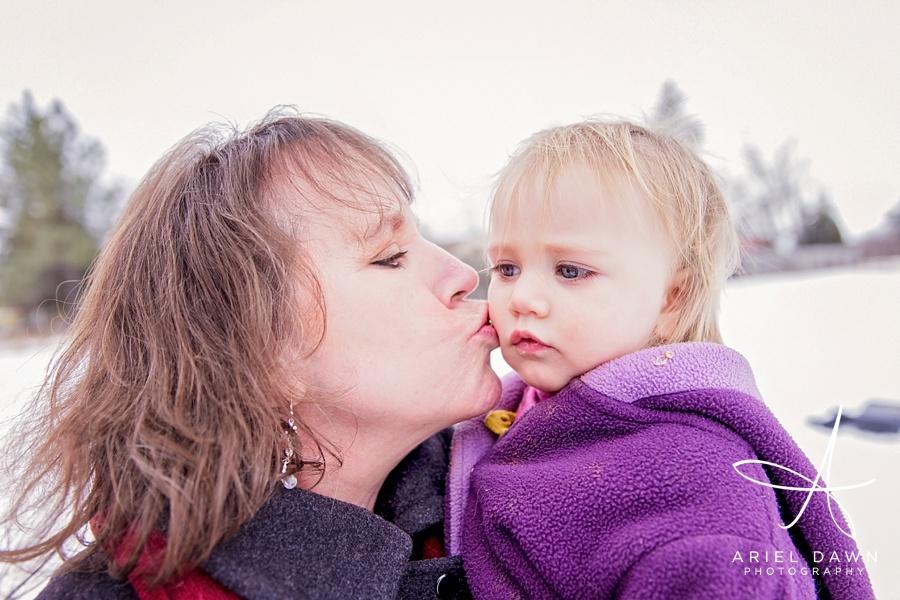 Family Photographer Great Falls, MT Grandma and grand daughter