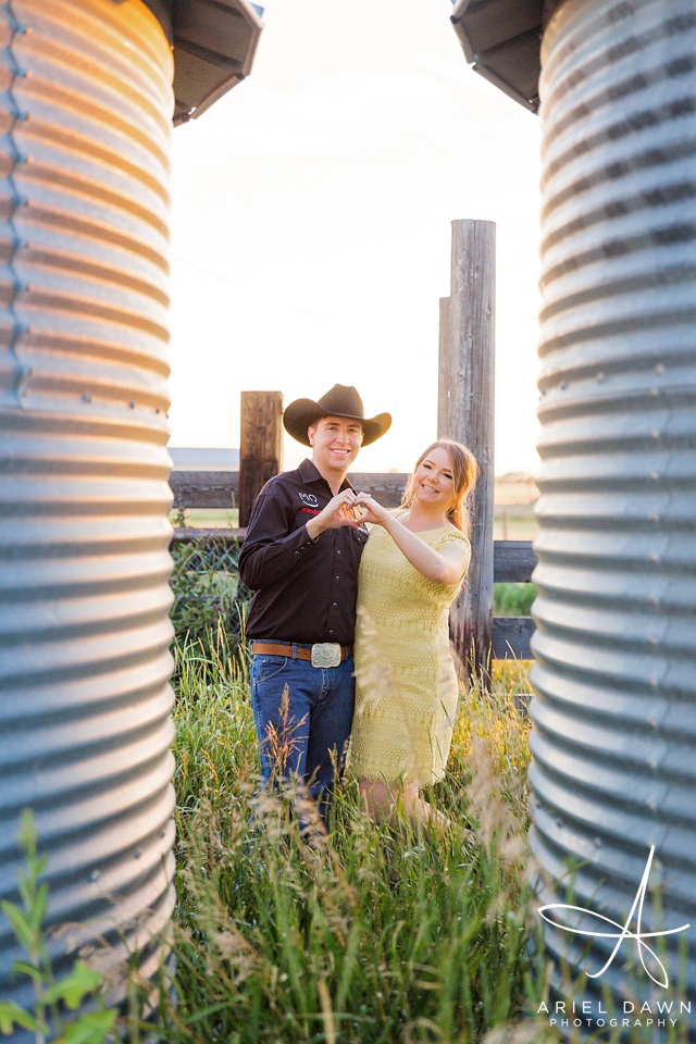 Cowgirl and Cowboy at Farm in Montana Engagement Session| Great Falls, Montana | Ariel Dawn Photography | www.arieldawnphotography.com | Wedding Photographer