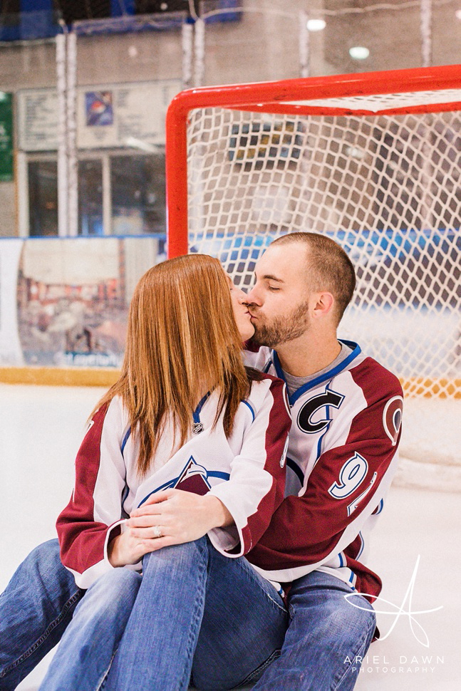 HockeyEngagementPhotos_GreatFalls_Montana_Photographer_15.jpg