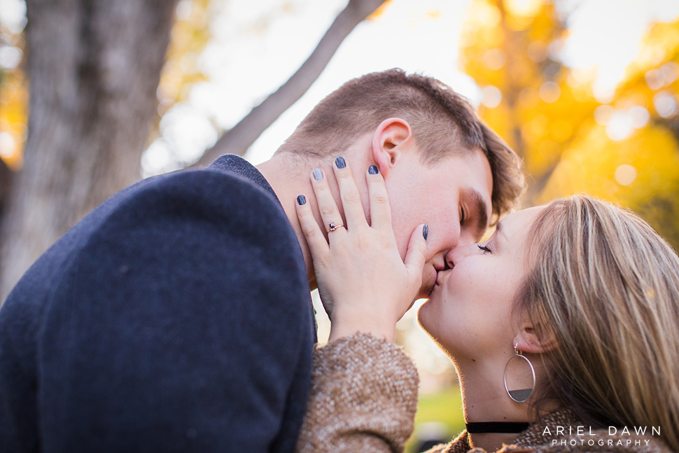 Fall_Engagement_Session_Bend_Oregon_22.jpg