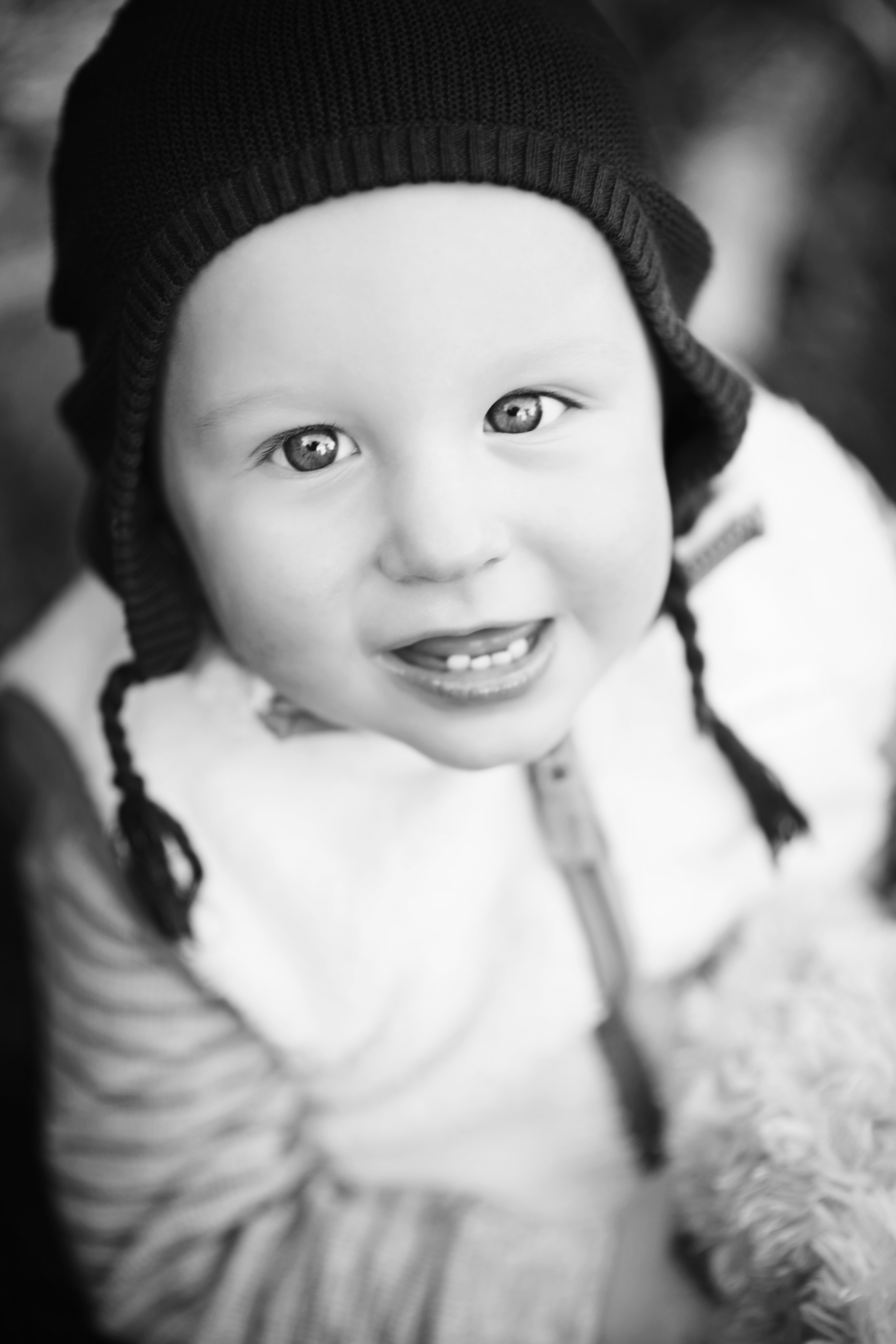 Baby blue eyes in black and white Morven Park Photographer Kate Montaner Photography