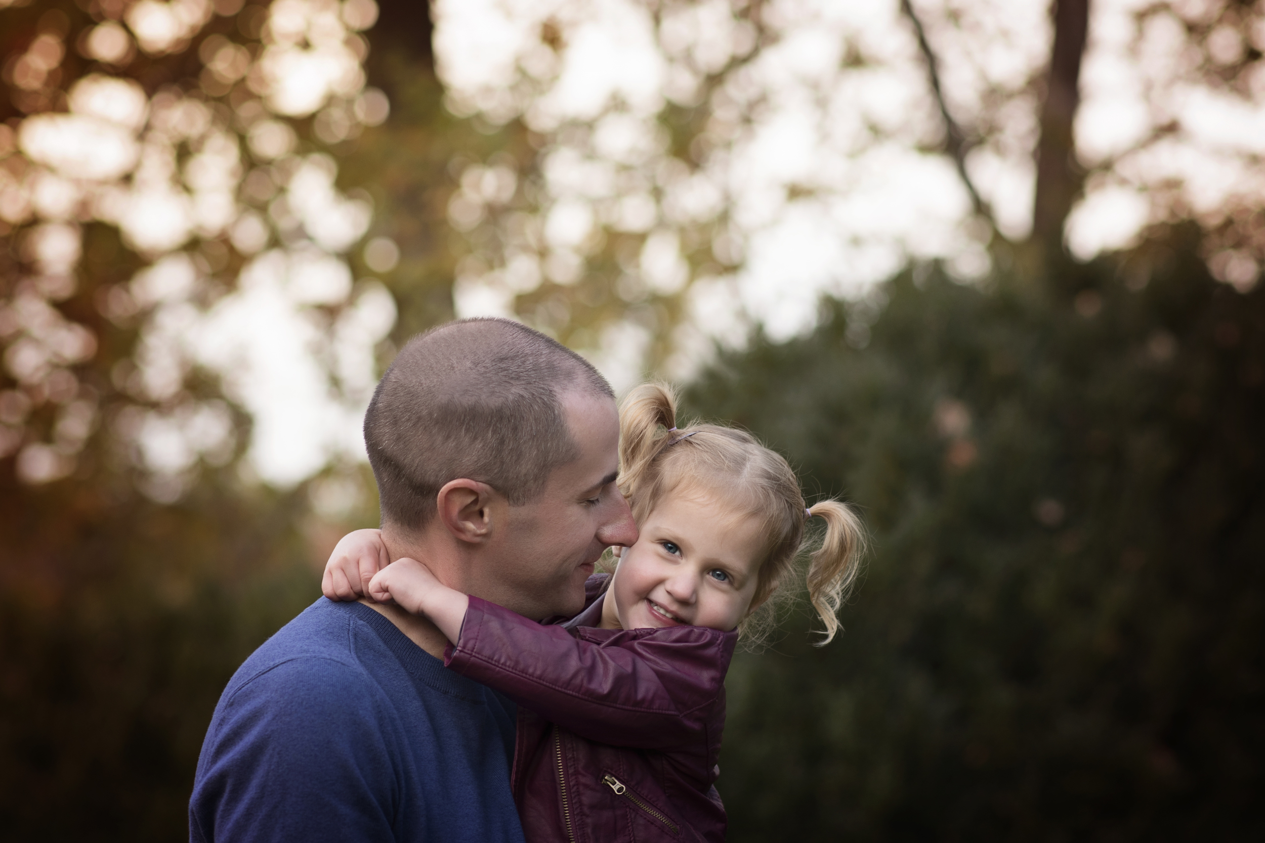 daddy and daughter sunset love Kate Montaner Photography Fine Art Family Portraiture Bristow VA