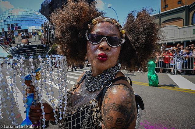 A Kiss- A #streetportrait. I moved to make the image and she posed with a kiss ! . . #documentaryphoto  #shared_streetlife_moments #aspstreetphotography #streetphotography_color  #newyorker  #lightbox  #documentaryphotography  #thestreetphotographyhub  #stretscenesmag  #thesestreetsmag #gf_streets #newyorkstreets  #street_avengers #ig_street #documentingwomen  #somewheremagazine  #eyeshotmagazine #burnmagazine  #streetlife_award #documentingreality  #shared_streets #documentingwomen  #streetphotography  #rawstreetphotogallery #instamagazine #streetdreamsmagazine #street_perfection #streetportraits
