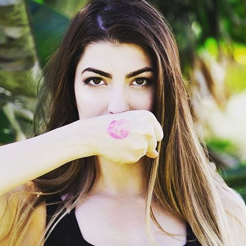 Happy birthday to @rclbeauty101 ! Be sure to give her some birthday love! 🎂🎈🎉