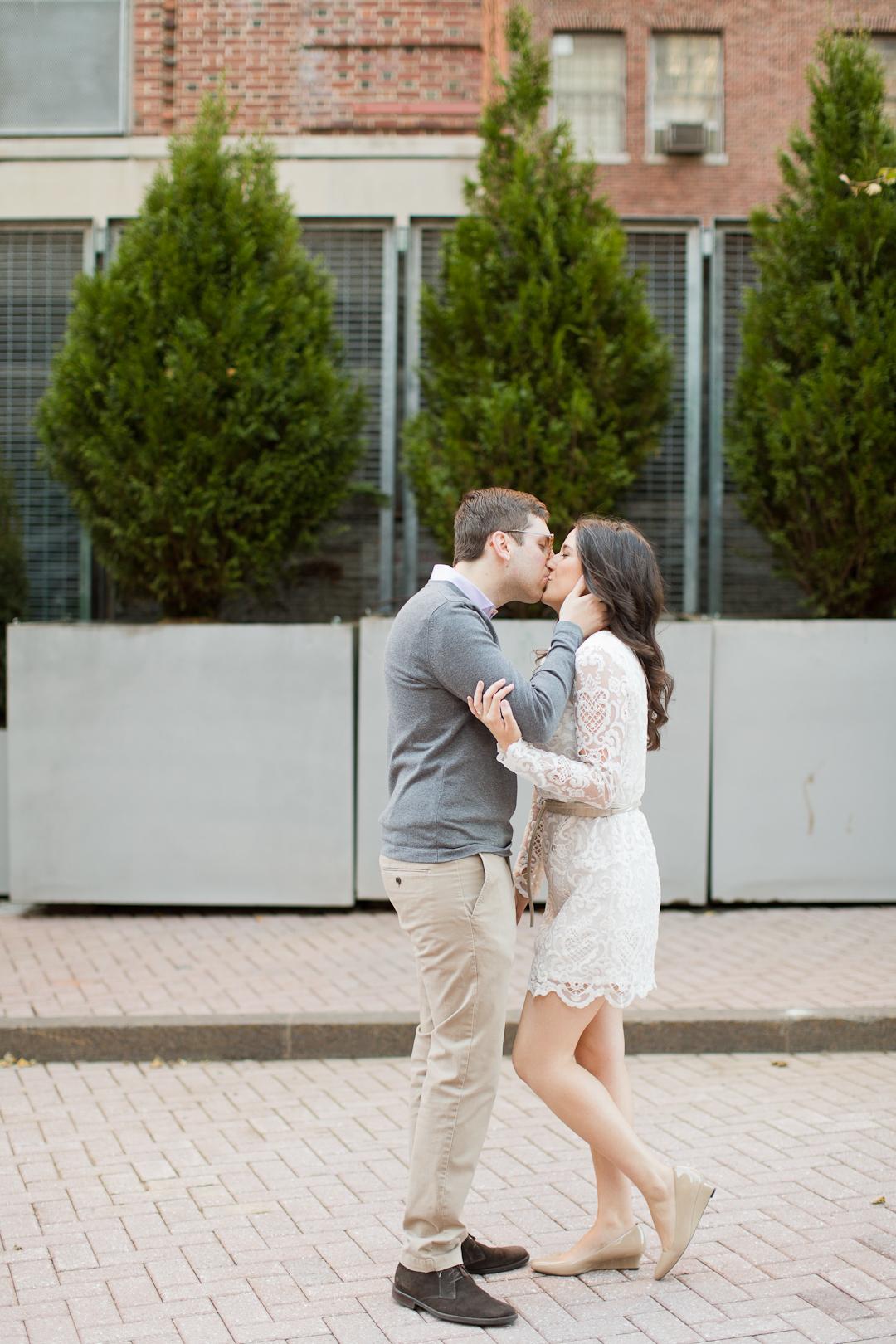 Melissa Kruse Photography - Christina & Alex Kips Bay Engagement Photos-54.jpg