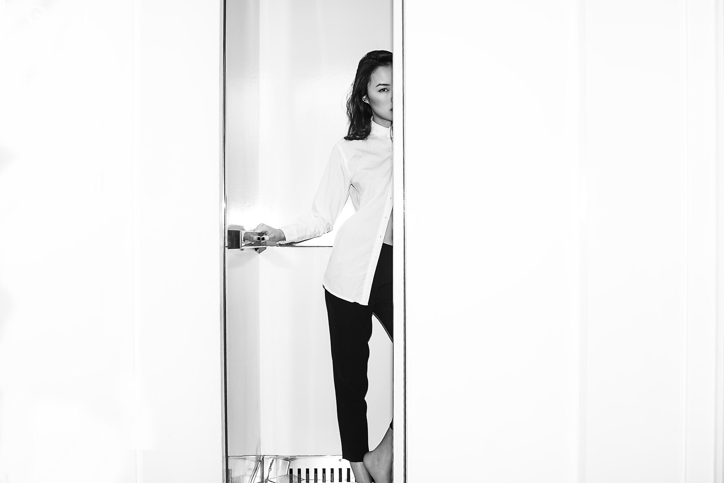 Amy In Elevator-10.jpg