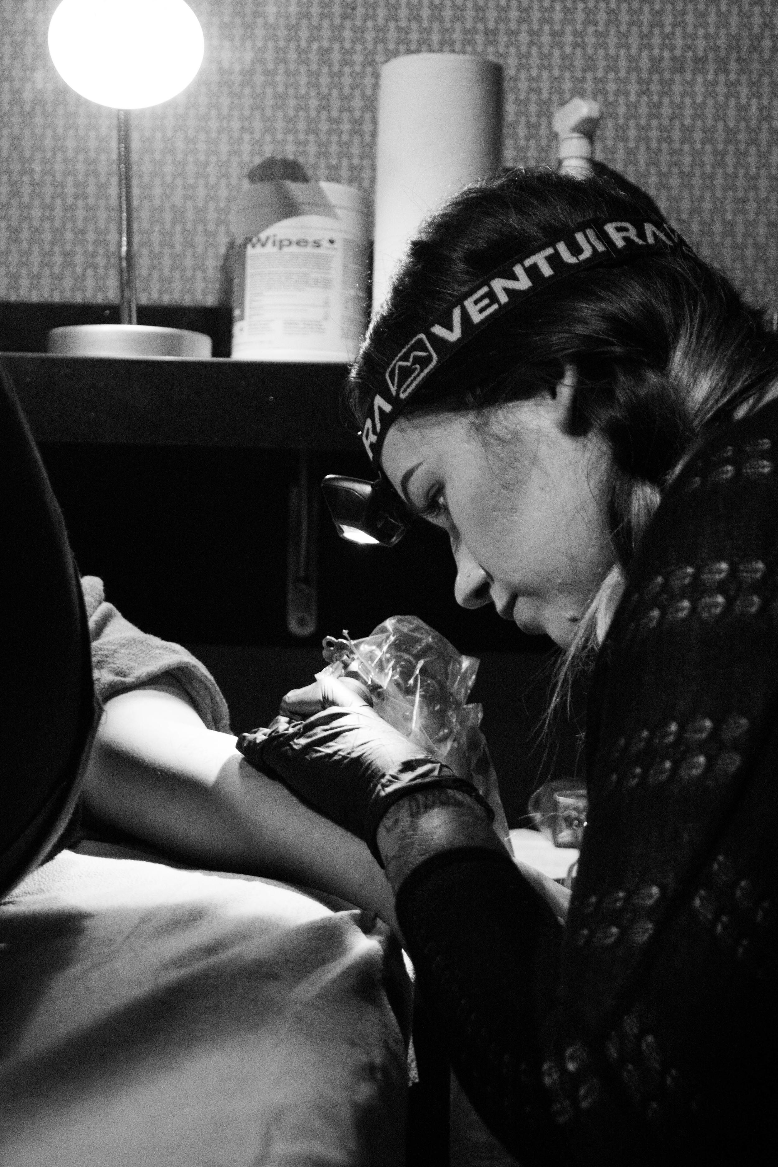 Courtney Laura , Royal Anchor Tattoo | IG:  @clauratattoo