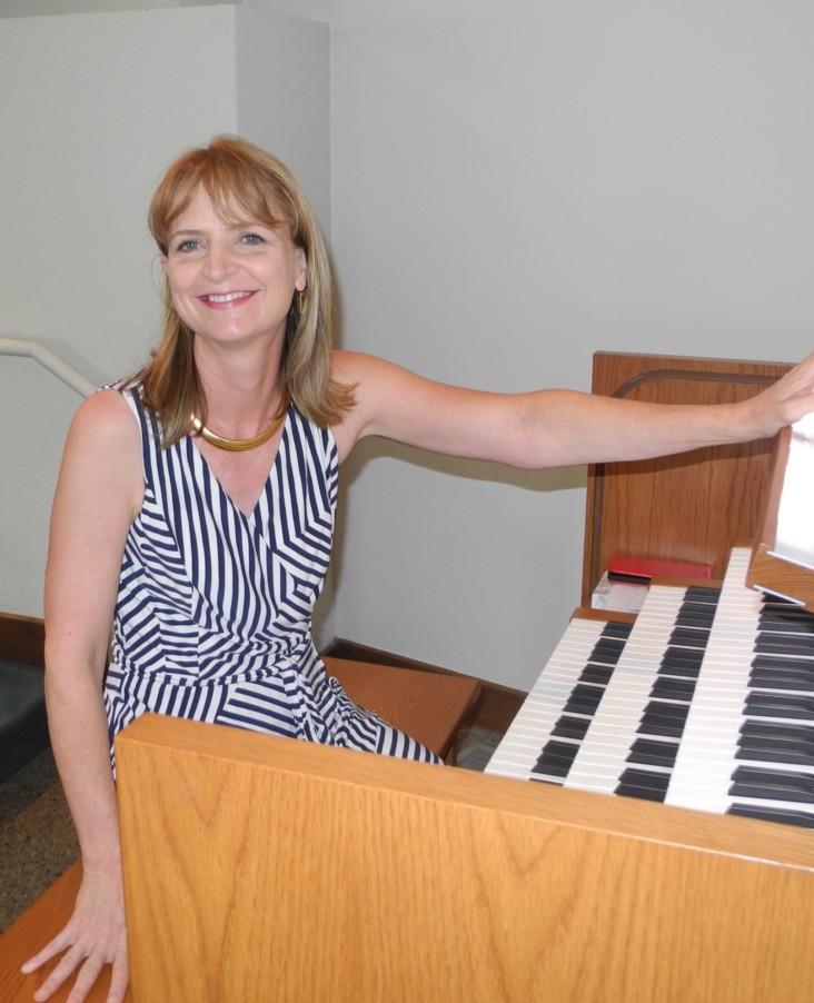 Melody Bast, Organist, Choir Director