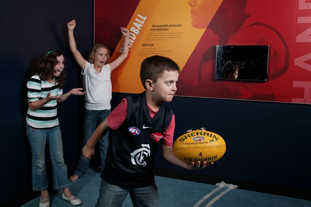 MCG NSM AFL handball.JPG